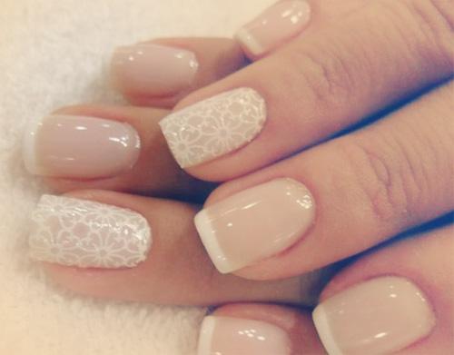 french manicure wzory paznokcie kwiatki