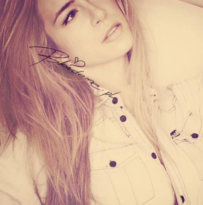 Jeansowa koszula jasna stylizacja blondeme